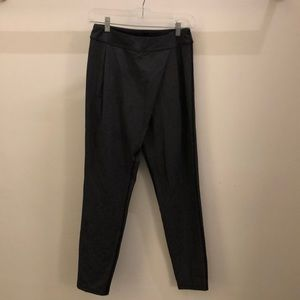 "lululemon athletica Pants - Lululemon black & white baggy pant sz 4 28"" 72273"